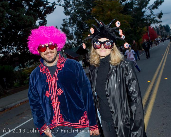 6966_Halloween_on_Vashon_Island_2013_103113