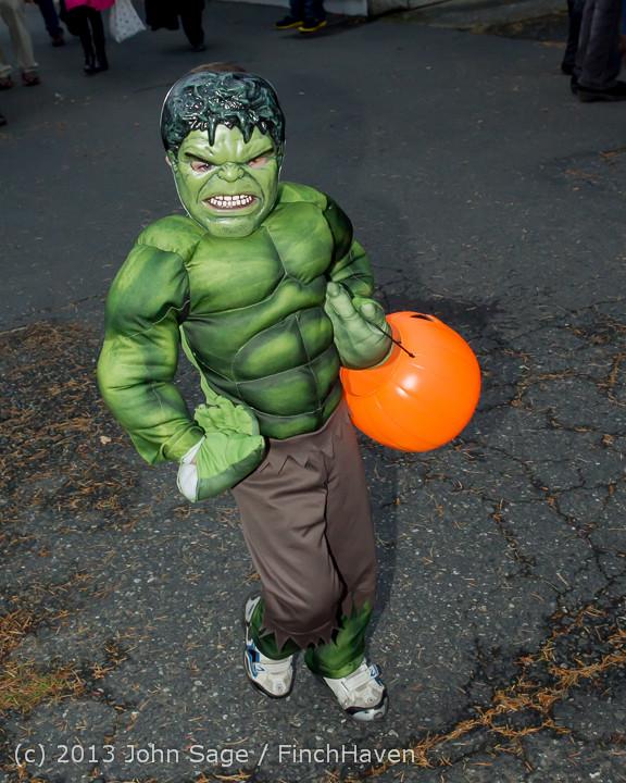 7016_Halloween_on_Vashon_Island_2013_103113