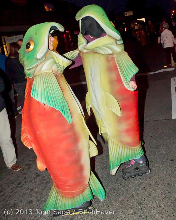 7110_Halloween_on_Vashon_Island_2013_103113