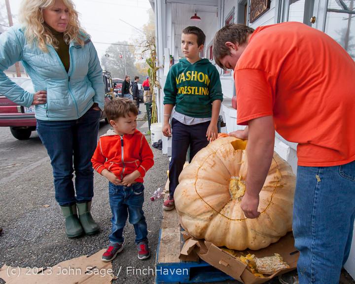 8691 VHS Football guts pumpkins 101913