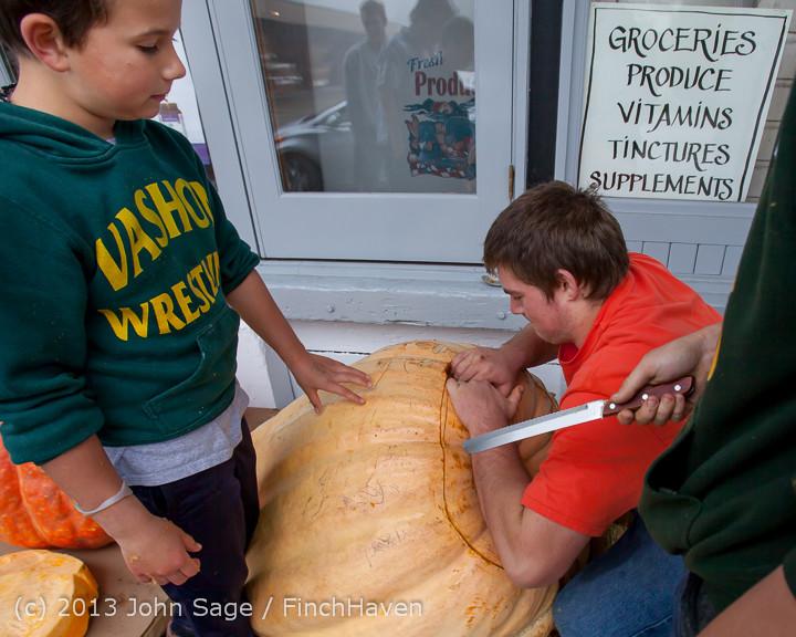 8700 VHS Football guts pumpkins 101913