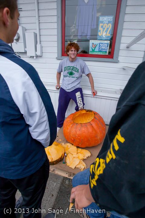 8819 VHS Football guts pumpkins 101913