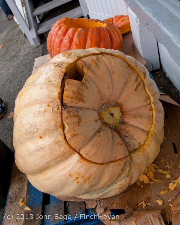 8872 VHS Football guts pumpkins 101913