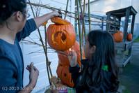 8896 Pumpkin Lighting at the Vashon Roasterie 102713