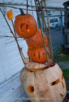 8898 Pumpkin Lighting at the Vashon Roasterie 102713