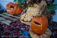 8900 Pumpkin Lighting at the Vashon Roasterie 102713