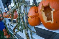 8905 Pumpkin Lighting at the Vashon Roasterie 102713