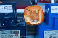 8907 Pumpkin Lighting at the Vashon Roasterie 102713