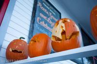 8916 Pumpkin Lighting at the Vashon Roasterie 102713