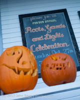 8917 Pumpkin Lighting at the Vashon Roasterie 102713