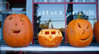 8929 Pumpkin Lighting at the Vashon Roasterie 102713