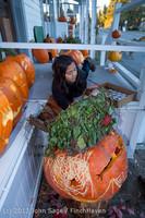 8940 Pumpkin Lighting at the Vashon Roasterie 102713