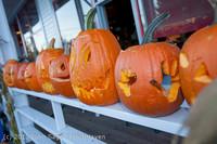 8942 Pumpkin Lighting at the Vashon Roasterie 102713