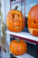 8944 Pumpkin Lighting at the Vashon Roasterie 102713