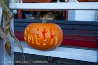 8945 Pumpkin Lighting at the Vashon Roasterie 102713