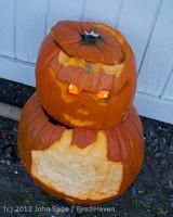 8954 Pumpkin Lighting at the Vashon Roasterie 102713