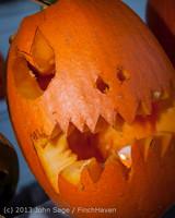 8959 Pumpkin Lighting at the Vashon Roasterie 102713