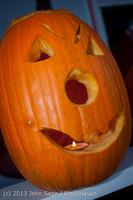 8964 Pumpkin Lighting at the Vashon Roasterie 102713