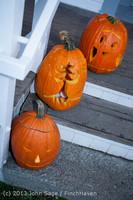 8966 Pumpkin Lighting at the Vashon Roasterie 102713