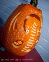 8973 Pumpkin Lighting at the Vashon Roasterie 102713
