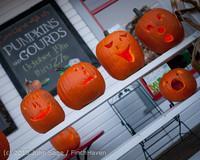 8979 Pumpkin Lighting at the Vashon Roasterie 102713
