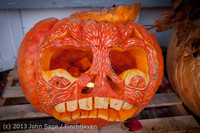 8989 Pumpkin Lighting at the Vashon Roasterie 102713