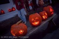 9017 Pumpkin Lighting at the Vashon Roasterie 102713