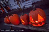 9019 Pumpkin Lighting at the Vashon Roasterie 102713