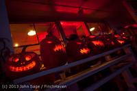 9036 Pumpkin Lighting at the Vashon Roasterie 102713