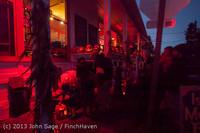 9042 Pumpkin Lighting at the Vashon Roasterie 102713