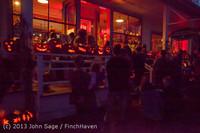 9045 Pumpkin Lighting at the Vashon Roasterie 102713