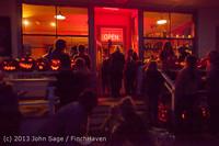 9046 Pumpkin Lighting at the Vashon Roasterie 102713