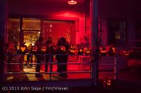 9047 Pumpkin Lighting at the Vashon Roasterie 102713