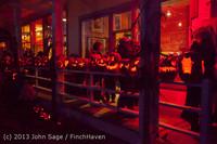 9049 Pumpkin Lighting at the Vashon Roasterie 102713