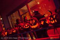 9050 Pumpkin Lighting at the Vashon Roasterie 102713