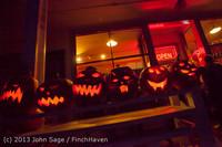 9063 Pumpkin Lighting at the Vashon Roasterie 102713
