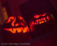 9074 Pumpkin Lighting at the Vashon Roasterie 102713