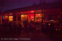 9086 Pumpkin Lighting at the Vashon Roasterie 102713