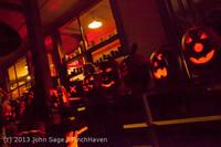 9088 Pumpkin Lighting at the Vashon Roasterie 102713