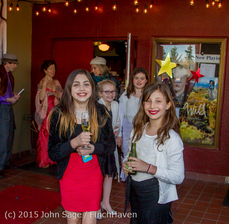19292_Oscar_Night_on_Vashon_Island_2015_022215