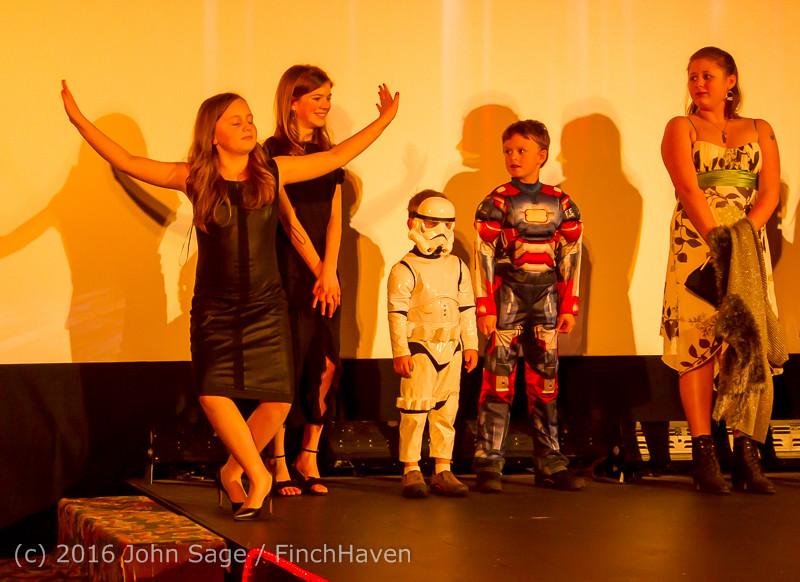 8324 Oscar Night on Vashon Island 2016 022816