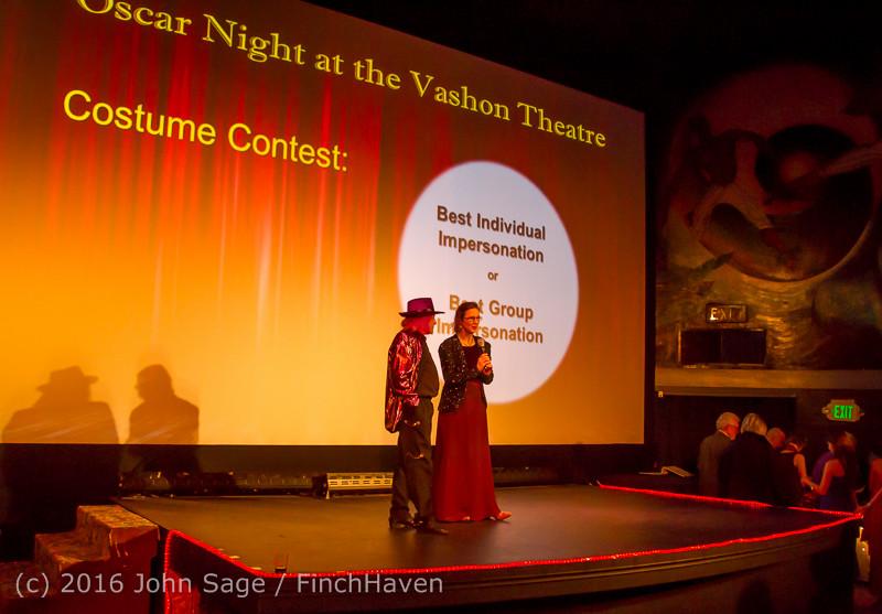 8474 Oscar Night on Vashon Island 2016 022816