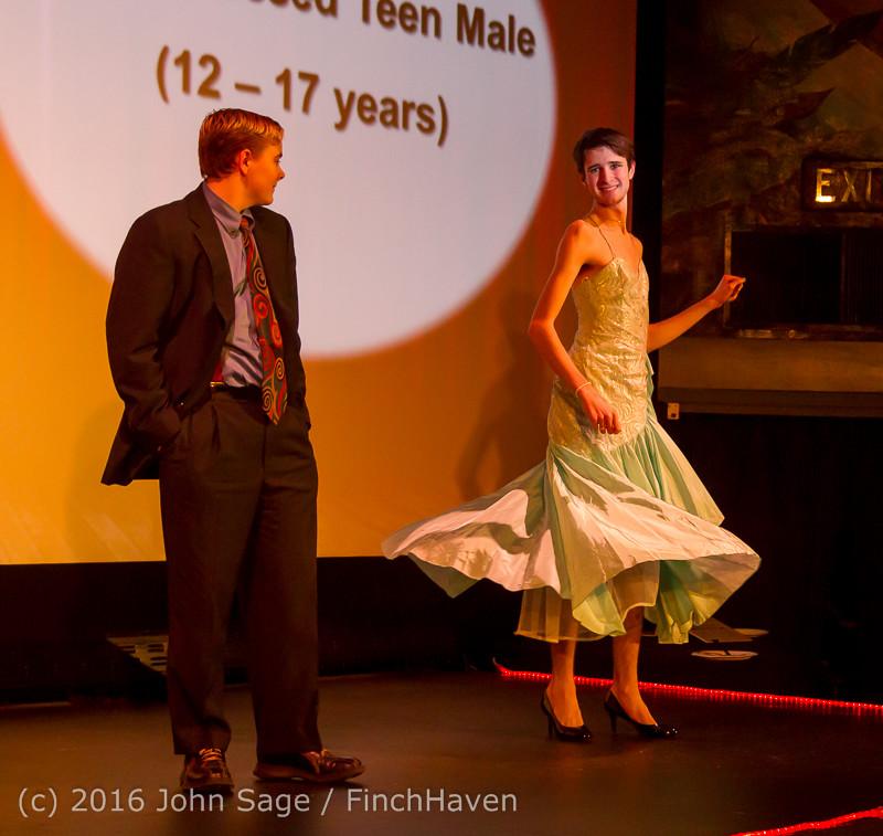 8903 Oscar Night on Vashon Island 2016 022816