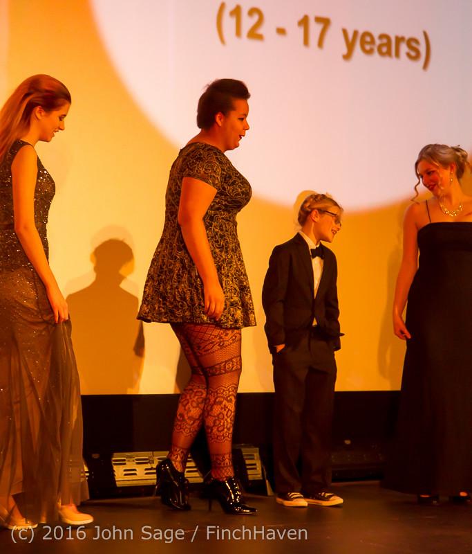 8974 Oscar Night on Vashon Island 2016 022816