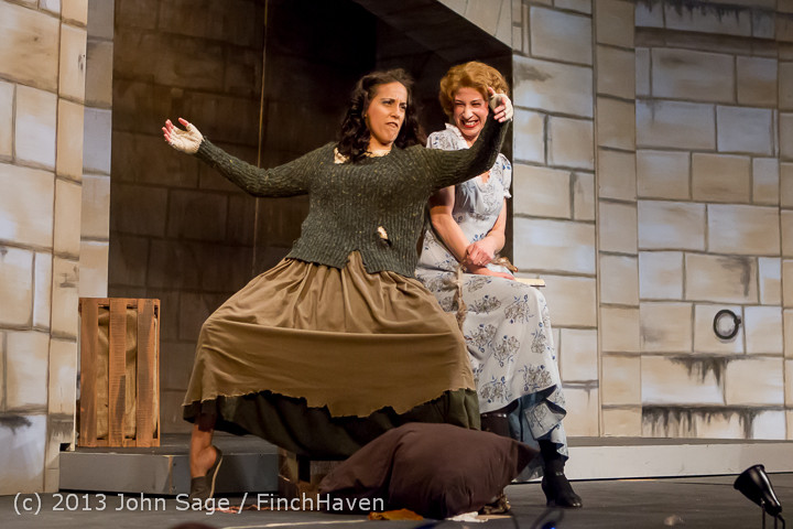 18641_Vashon_Opera_Il_tabarro_dress_rehearsal_051513