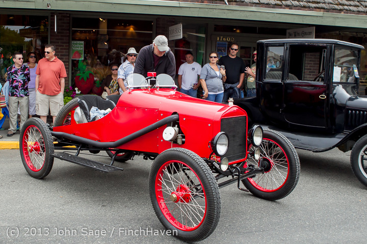 18994 Tom Stewart Car Parade and Show 2013 072113