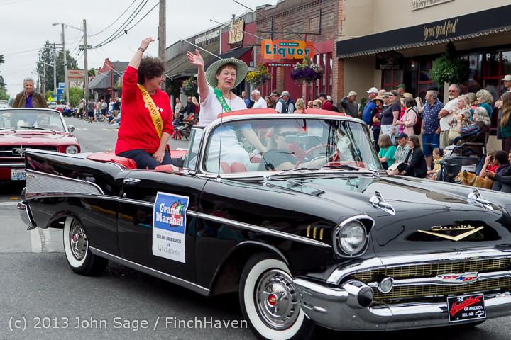 18998_Tom_Stewart_Car_Parade_and_Show_2013_072113