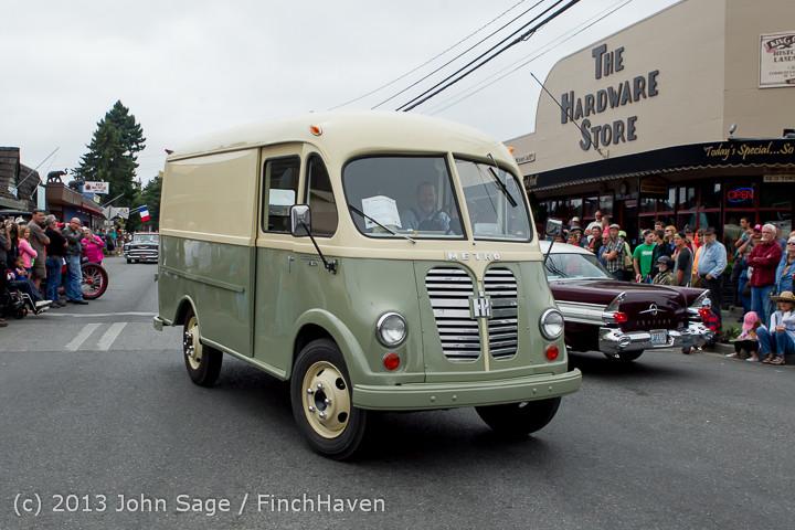 19533 Tom Stewart Car Parade and Show 2013 072113