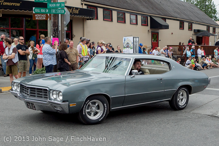 19575 Tom Stewart Car Parade and Show 2013 072113