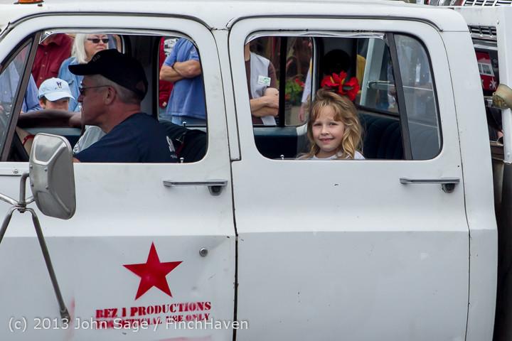 19612 Tom Stewart Car Parade and Show 2013 072113
